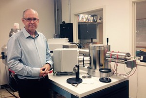Avner at mass spectrometer