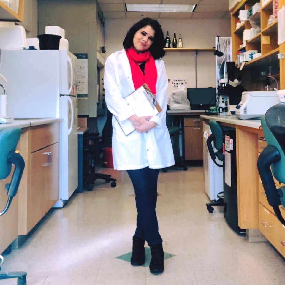 Larisa Gearhart-Serna, PhD candidate, in her laboratory